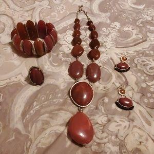 Exotic Necklace Set